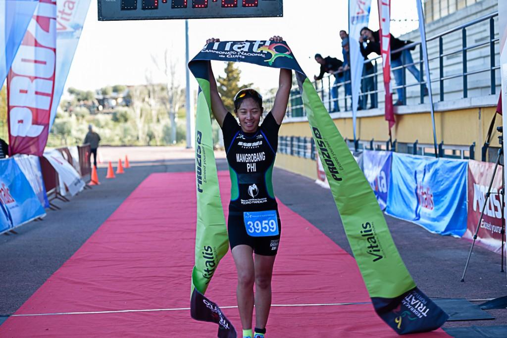 Kim Mangrobang foi a primeira mulher a passar a meta nesta etapa do campeonato nacional de clubes