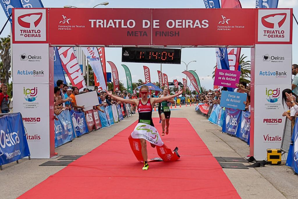 Andreia Ferrum ficou visivelmente satisfeita com o seu primeiro título individual de Triatlo