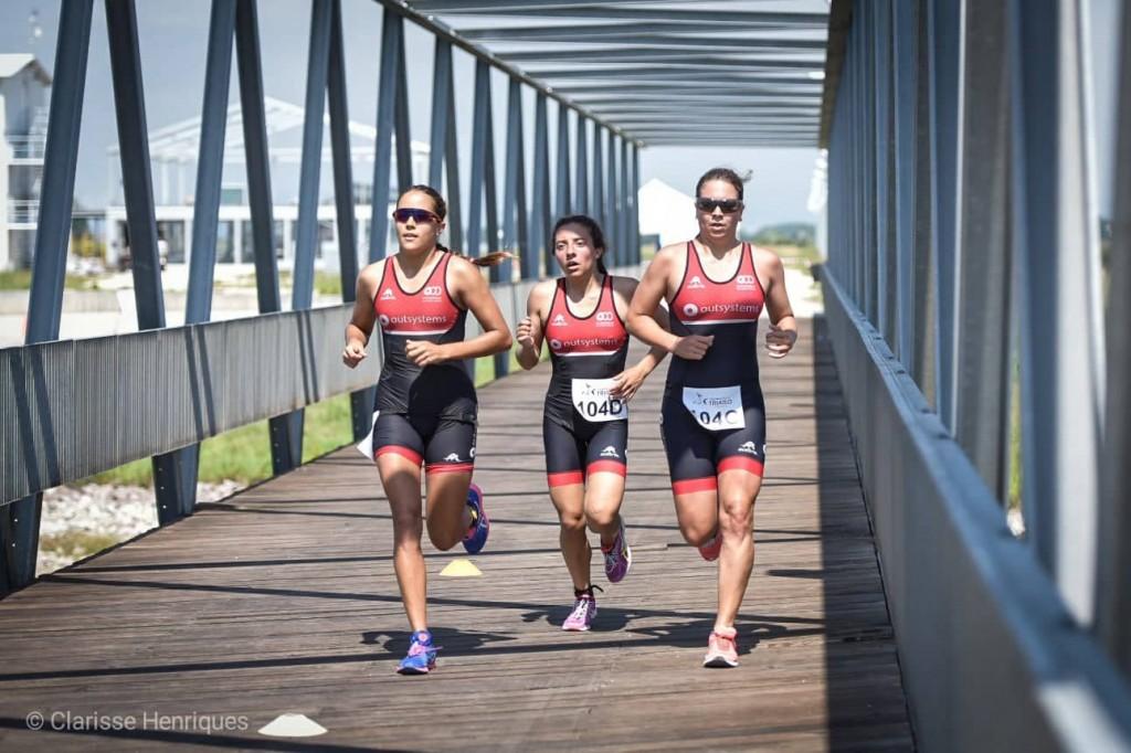 OutSystems Olímpico de Oeiras 'perdeu' Andreia Ferrum para um furo, mas a triatleta quis terminar a prova