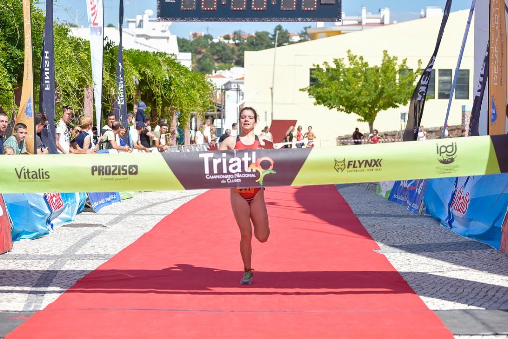 Beatriz Pinto vence a última etapa do Campeonato Nacional conquistando o título em juvenis
