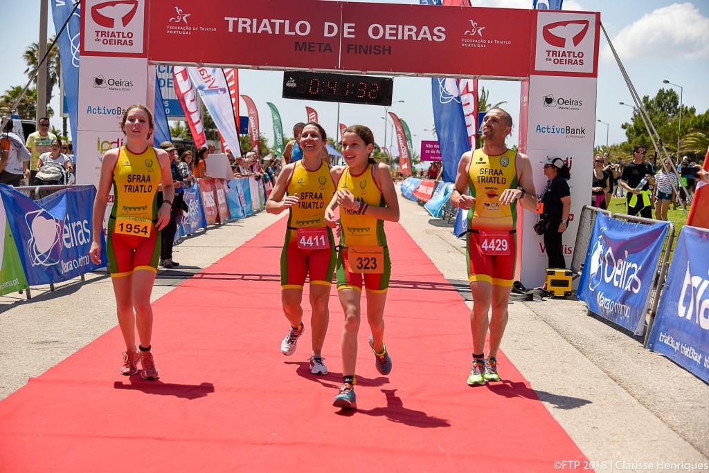 O ano passado a família Santos fez a prova toda junta pela primeira na distância super sprint