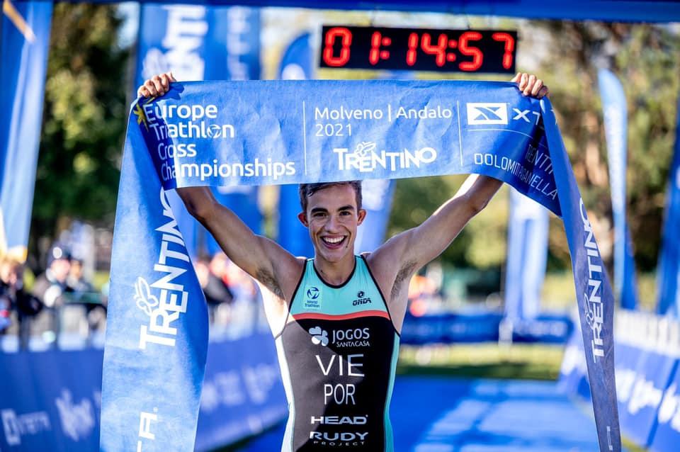 François Vie é Campeão Europeu de Duatlo e Triatlo Júnior no XTERRA Itália 2021